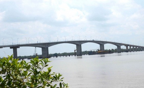 Cổ Chiên Bridge between Bến Tre and Trà Vinh provinces in the Mekong Delta was built in 2015. — VNS File Photo
