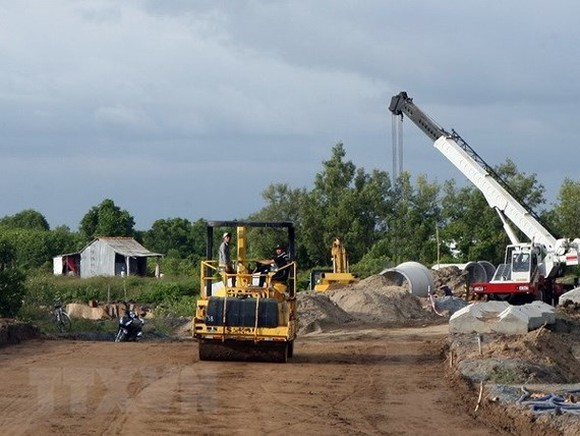 HCM expressway project's Nam Can-Dat Mui section to be completed in June