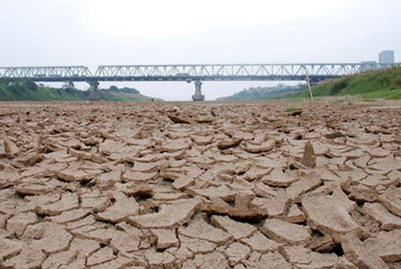 Floods hit north, south sees drought