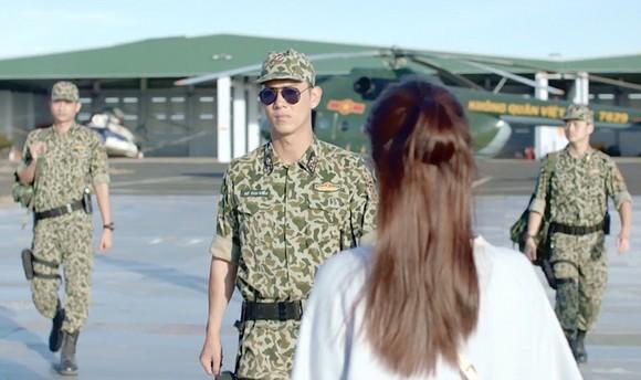 Bộ Quốc phòng đề nghị chỉnh sửa phim Hậu duệ mặt trời phiên bản Việt ảnh 1