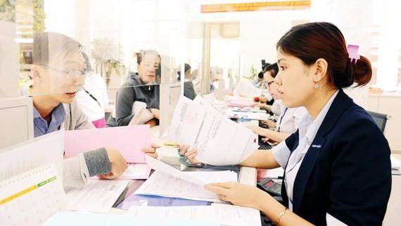 Nhiều địa phương đã thực hiện tinh gọn biên chế, phục vụ người dân tốt hơn trong quá trình giải quyết các thủ tục hành chính
