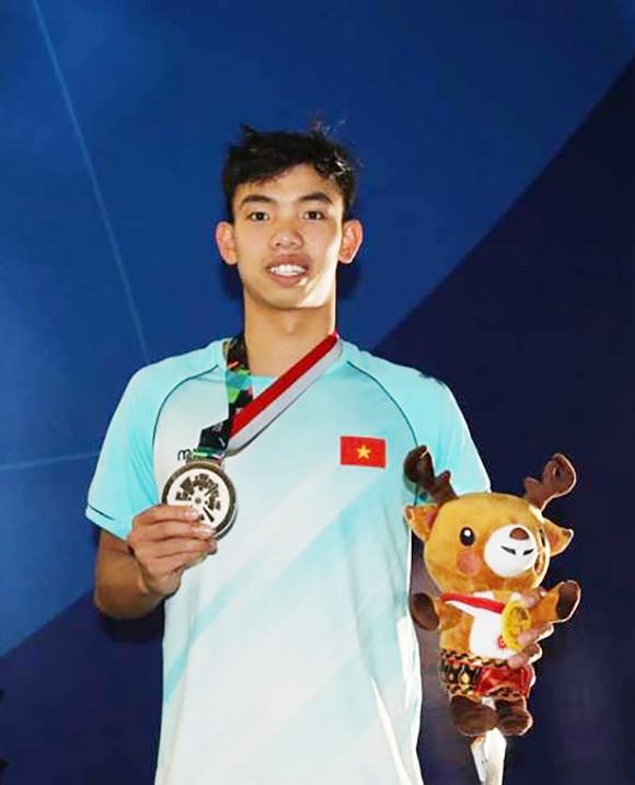 Bơi lội: Đoạt HCB 1.500m tự do, Huy Hoàng tiếp tục xô ngã kỷ lục Đông Nam Á ảnh 3