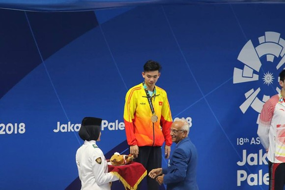 Bơi lội: Đoạt HCB 1.500m tự do, Huy Hoàng tiếp tục xô ngã kỷ lục Đông Nam Á ảnh 2