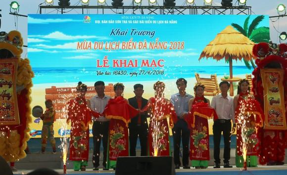 Sôi động mùa du lịch biển Đà Nẵng 2018 ảnh 2