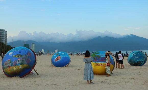 Sôi động mùa du lịch biển Đà Nẵng 2018 ảnh 6