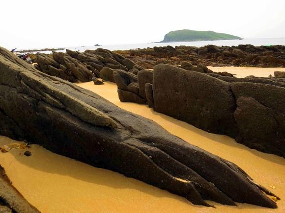 Ngắm cung đường đẹp nhất Vũng Chùa dưới rặng Hoành Sơn ảnh 15