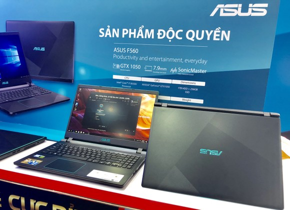 FPT Shop lên kệ độc quyền laptop gaming ASUS F560 ảnh 2