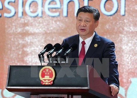 China's President Xi Jinping speaks at APEC CEO Summit in the central city of Da Nang on November 10. (Source: VNA)