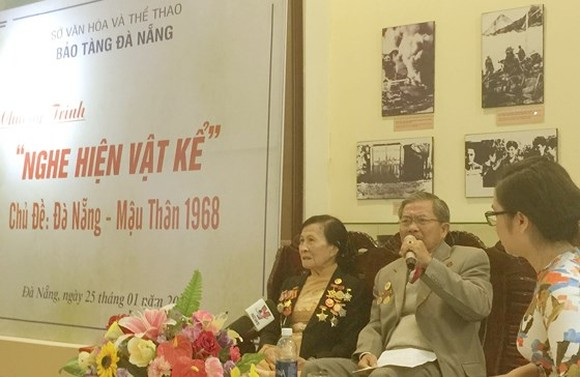 he opening ceremony is attened by Ms. Ha Phuong Lan, a member of the city's Former Patriotic War Prisoners' Association; Mr.Huynh Ngoc Kim, chairman of the Thanh Ke District's former Patriotic War Prisoners' Association