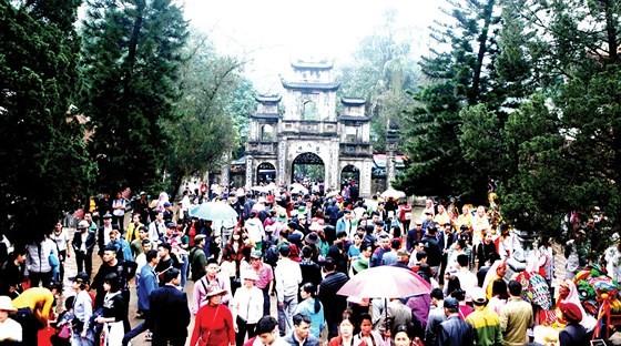 Huong Pagoda Festival 2018 opens