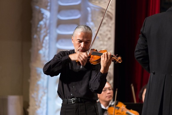 Vietnamese-French violinist Stéphane Tran Ngoc to perform in HCMC