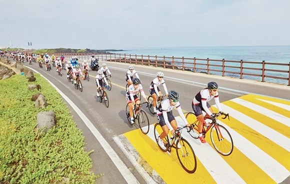 Cycling tour in Jeju