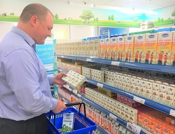 Dairy giant Vinamilk's products have hit supermarket shelves in 43 countries and territories across five continents. (Photo: sggp.org.vn)