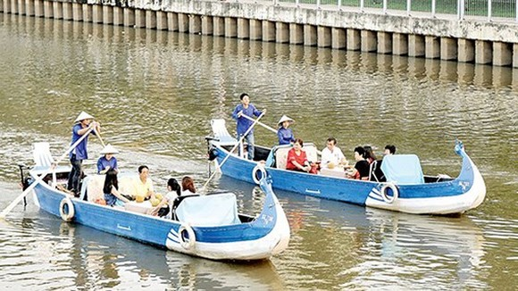 Waterway tourism to become HCMC's typical tourist product