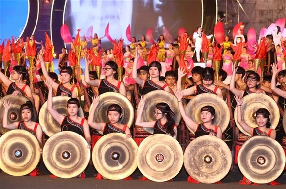 A performance at the opening ceremony of the Tay Nguyen Gong Culture Festival 2018 (Photo: VNA)