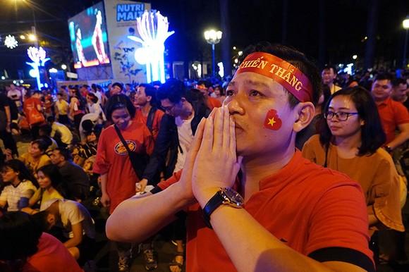Đội tuyển Việt Nam dừng bước ở Asian Cup 2019: Sự nuối tiếc bao trùm! ảnh 7