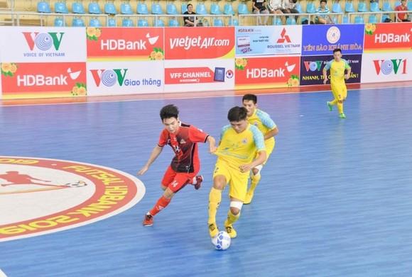 Thắng Sahako 1-0, Thái Sơn Nam trở lại đường đua ảnh 1