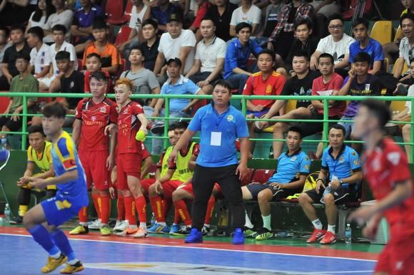 Sự âu lo của BHL Kardiachain Sài Gòn FC. Ảnh: ĐẠT NGUYỄN