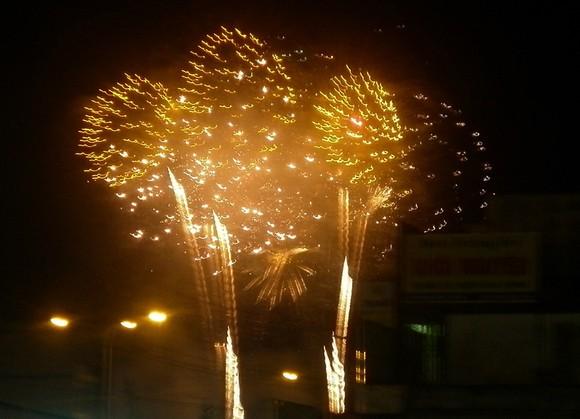 Chương trình bắn pháo hoa tại Cà Mau, Bạc Liêu ảnh 1