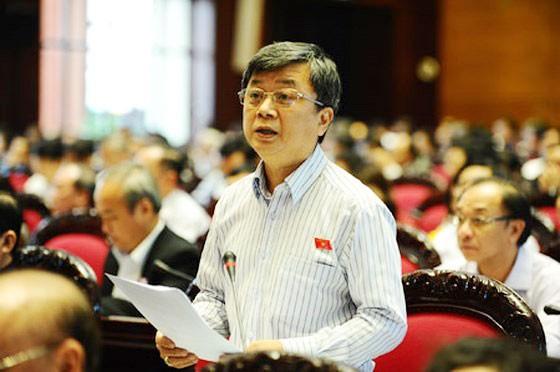 GAY CẤN: Tranh luận về trách nhiệm của Bộ trưởng trong dự thảo đuổi học HS-SV bán dâm ảnh 4