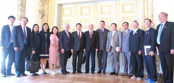Đoàn Đại biểu Quốc hội TPHCM chào xã giao Chủ tịch Quốc hội bang Hessen - Đức ảnh 4
