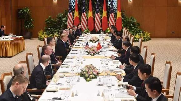 Thủ tướng Nguyễn Xuân Phúc hội kiến Tổng thống Donald Trump ảnh 12