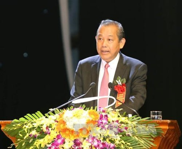 Deputy Prime Minister Truong Hoa Binh spoke at a forum on corporate culture in HCM City on October 15. (Photo: VNA)