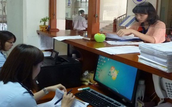 The budget revenue of the General Department of Vietnam Customs surpassed VND261.1 trillion ($11.5 billion ), or 91.6 percent of the 2017 target as of November 28 (Photo: thoibaotaichinhvietnam.vn)