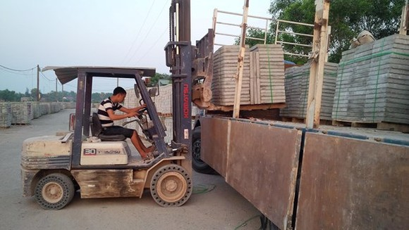 Hanoi orders reports of unbaked construction materials