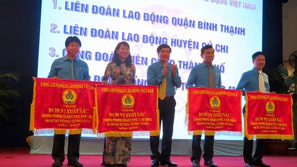 Trade members contribute VND2.4 billion for charity activities