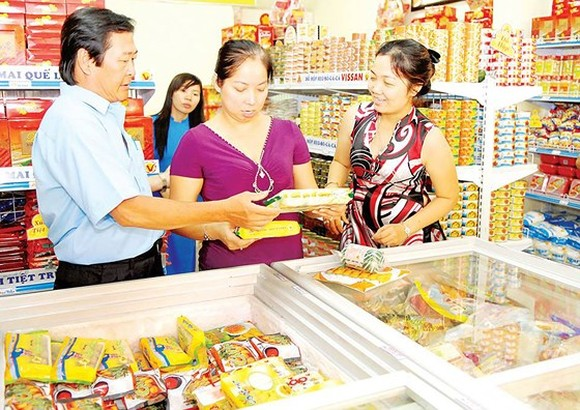 Fierce competition between convenience stores
