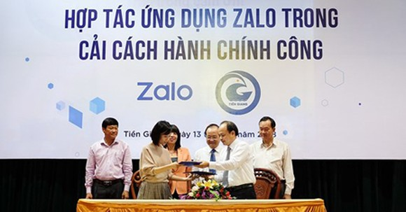 The signing ceremony between Tien Giang Province and Zalo