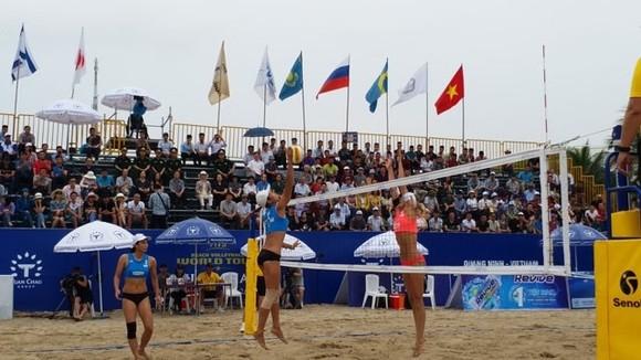 A game at the Tuan Chau-Ha Long Opens 2018 (Source: nhandan.com.vn)