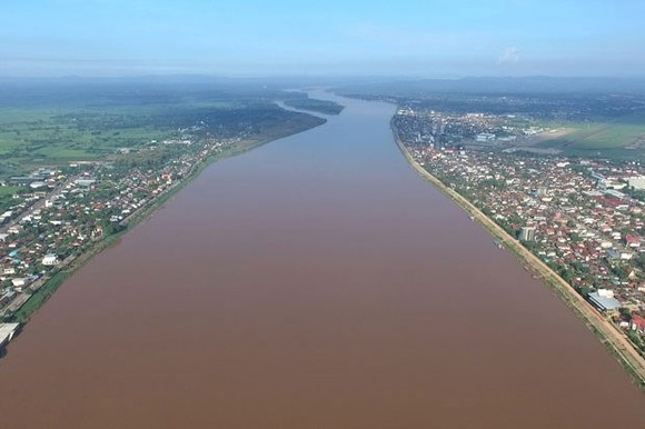 A section of Mekong River running through Mekong Delta in Vietnam. (Photo: theguardian.com)