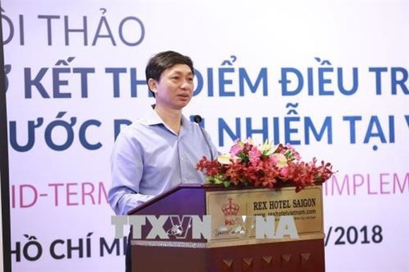 Nguyen Hoang Long , director of Việt Nam Administration for HIV/AIDS Control, speaks at a workshop on the oral pre-exposure prophylaxis (PrEP) programme held on May 29 in HCM City.- VNA/VNS Photo