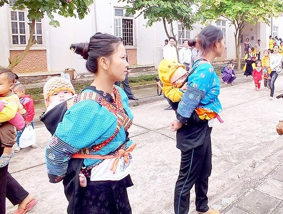 Child marriage in ethnic minority groups is still high (Photo: SGGP)