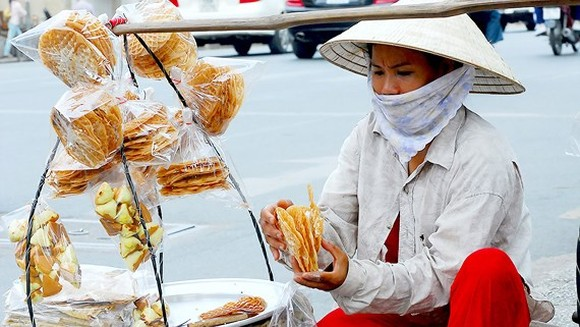 HCMC faces challenges in poverty reduction program