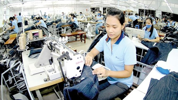 Vietnam's garment, textile exports likely to exceed US$1b plan (Photo: SGGP)