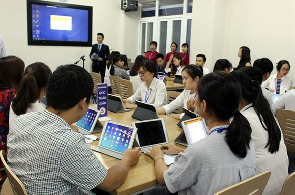 Technological applications and multimedia content are being used at Thai Nguyen Medical University in the northern province of Thai Nguyen.(Source: VNA)