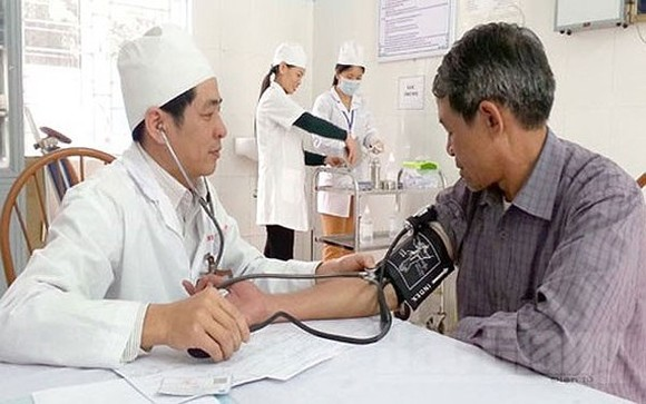 Vietnam's health sector takes heed to grass-root clinics in treating NCDs