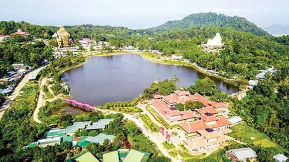 Cam Mountain – a famous tourist attraction in the Mekong Delta