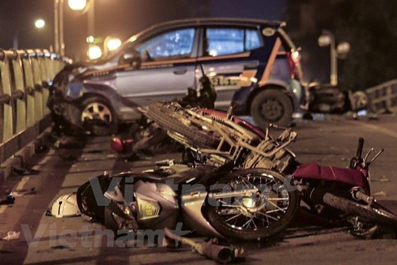 Traffic accidents kill 112 people in six days of Tet