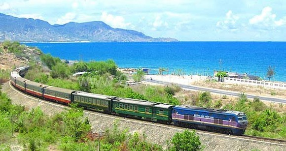 North–South railway re-operates smoothly