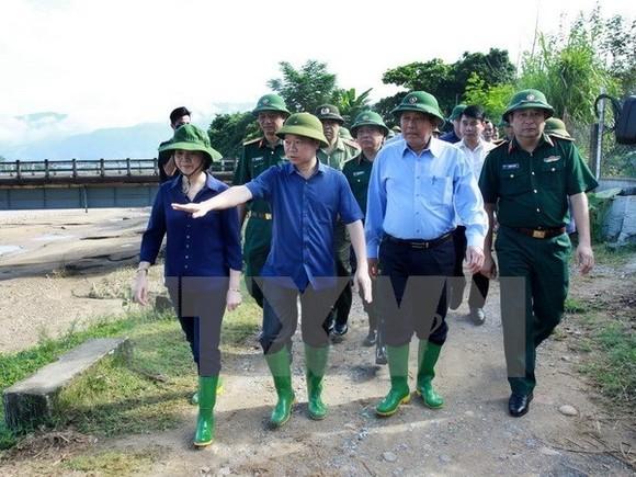 Deputy Prime Minister Truong Hoa Binh inspects flood, landslide-hit areas in Yen Bai (Source: VNA)