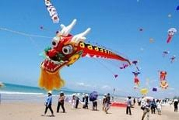 The sixth art kite festival  in Ba Ria-Vung Tau  province