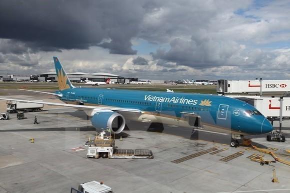 An airplane of Vietnam Airline (Photo: VNA)