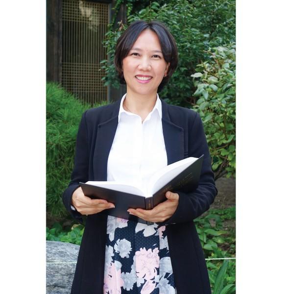 Nguyen Ngoc Cam is considered as a bridge to develop Vietnamese community in Korea