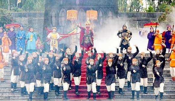 Celebration of the 230th anniversary of Ngoc Hoi - Dong Da victory along with chest, folk games and art performance mark the glorious victory