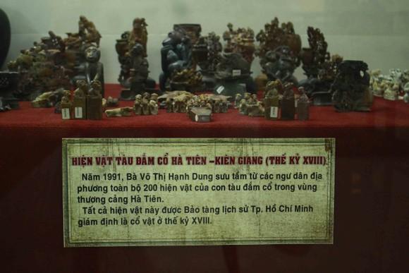 Đoàn chuyên gia tìm hiểu về văn hóa Sa Huỳnh và tàu đắm cổ Việt Nam tại Quảng Ngãi ảnh 3