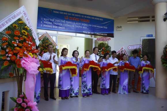 Hơn 3 tỷ đồng ủng hộ Trung tâm Nuôi dạy trẻ khuyết tật Võ Hồng Sơn ảnh 10